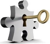 Ключ в замке в виде пазла