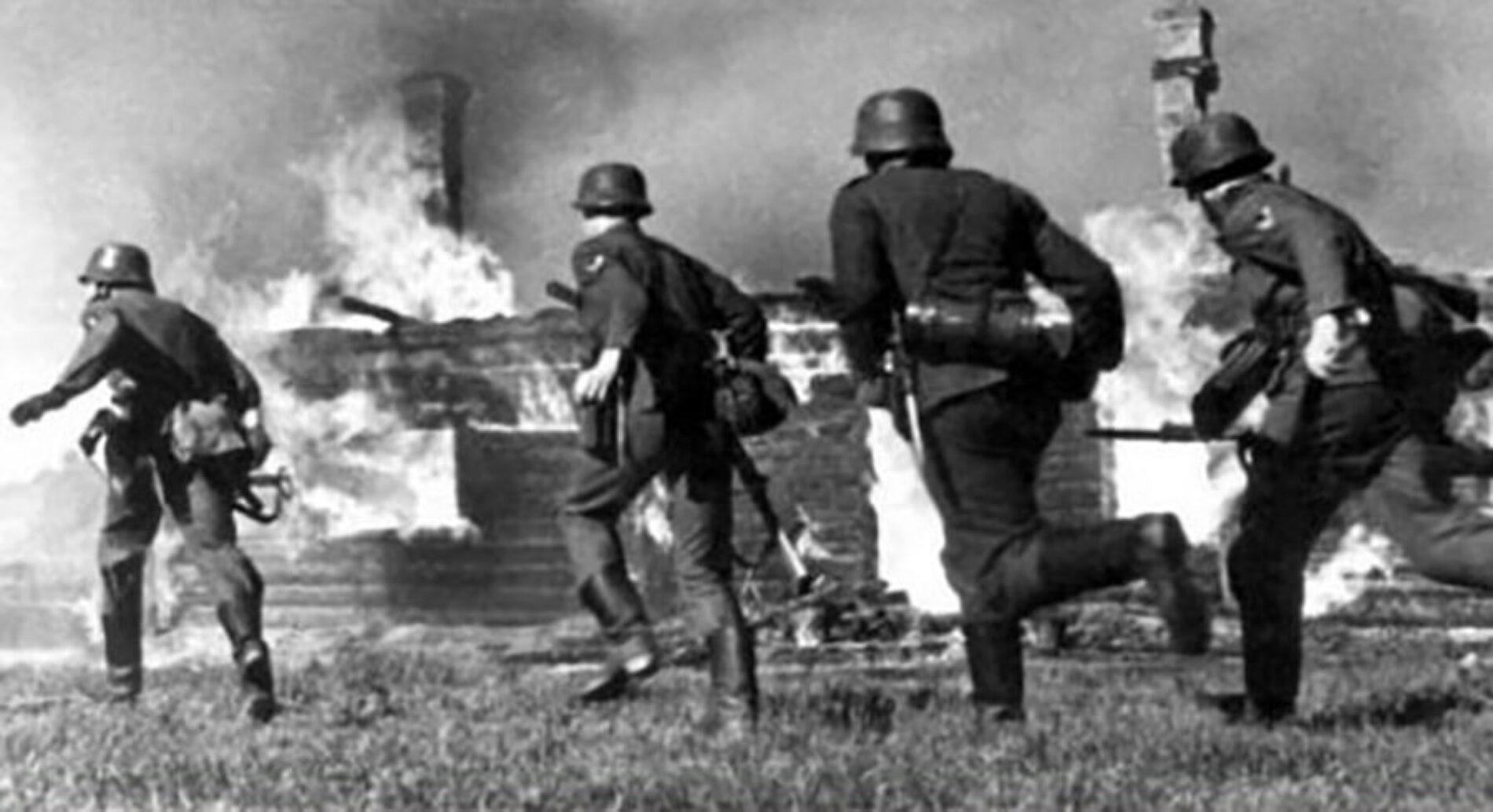 Живые и мертвые или, как фашисты чуть не сожгли мою маму заживо…