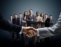 фото рукопожатие деловых людей