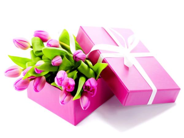 букет тюльпанов в коробке фото